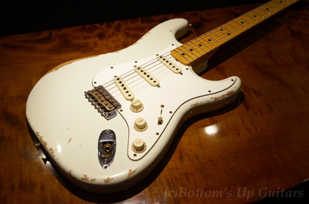 Fender_CS_ST69LTD_OWH_Top.jpg