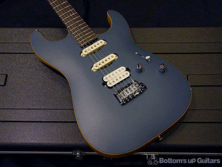 SaitoGuitars_top3.jpg